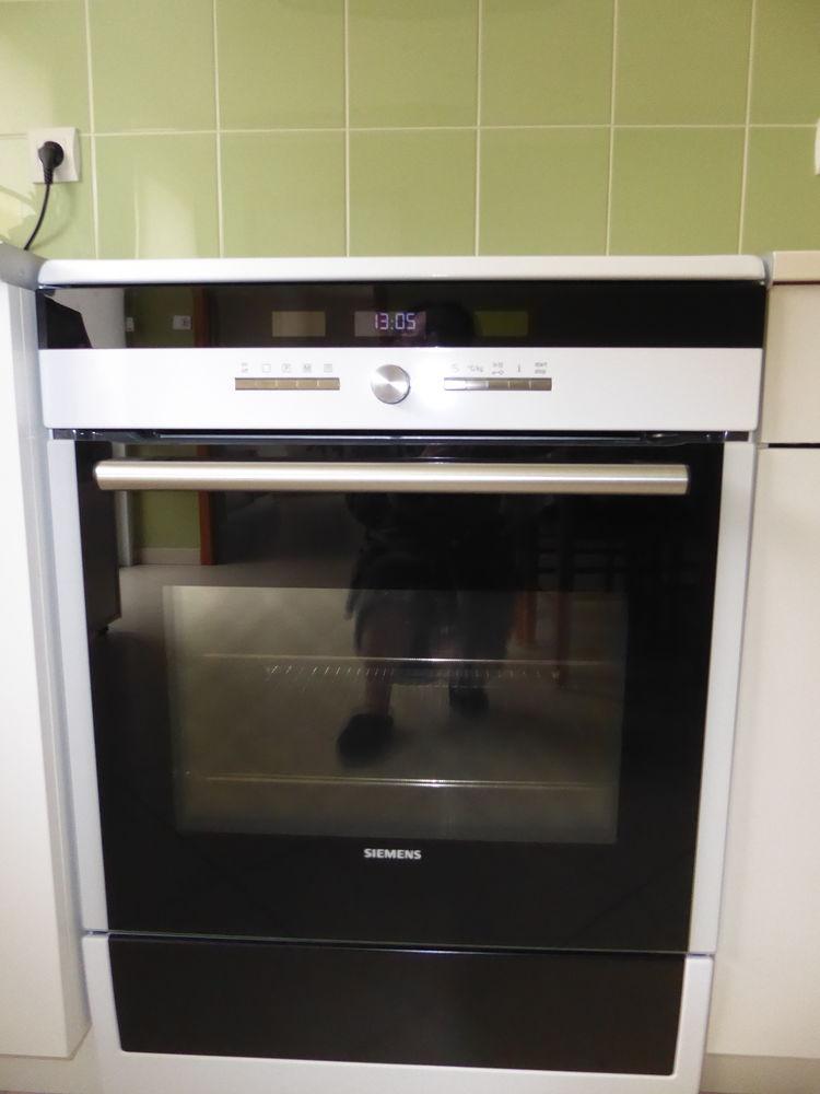 Cuisinière Siemens , four tiroir et table induction  Laval53 700 Laval (53)