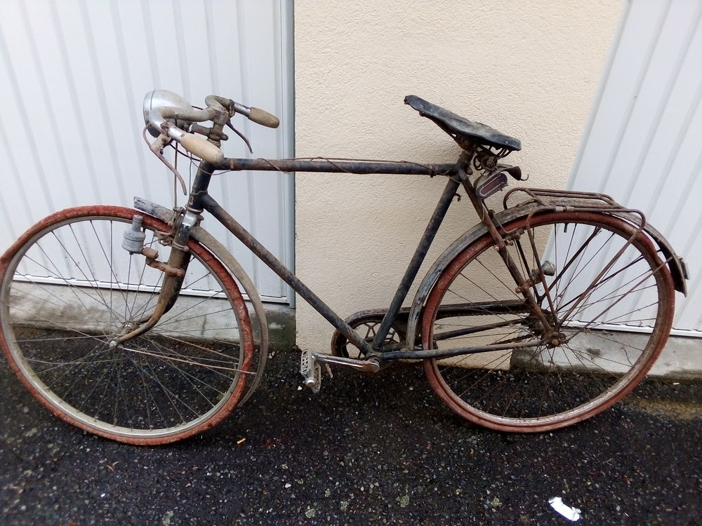 Cycle ancien peugeot cyrus de 1934 150 Marcigny (71)