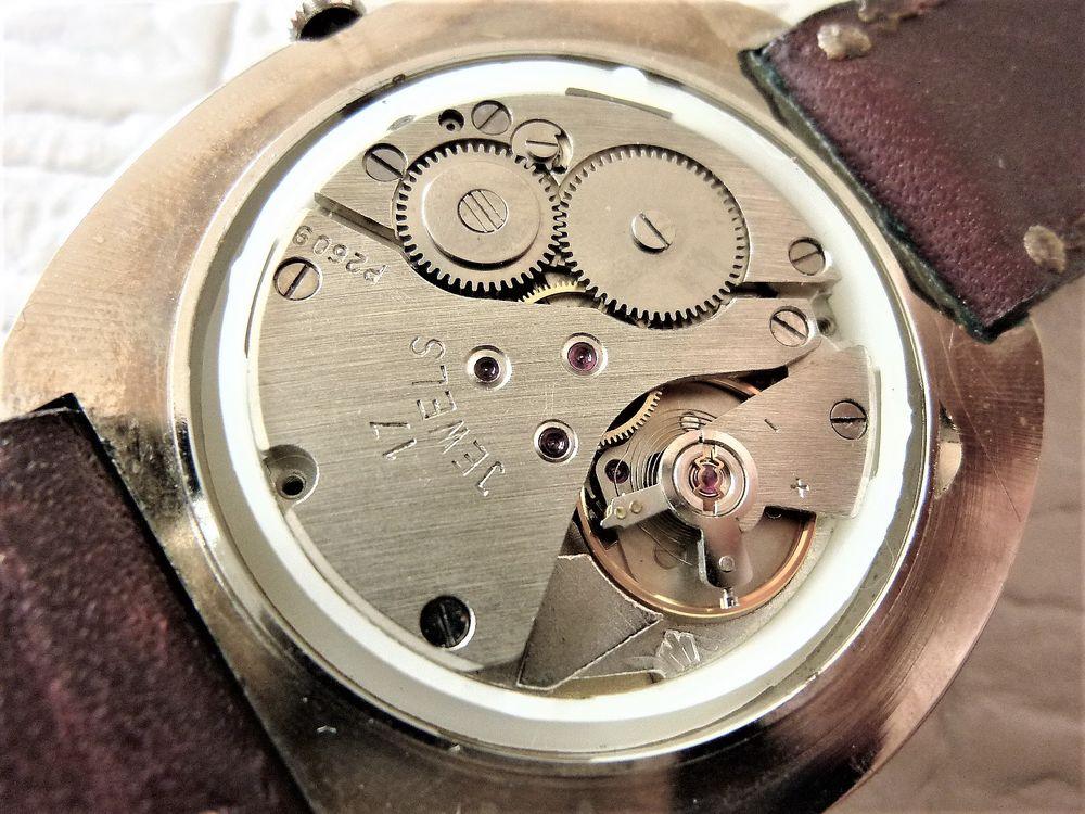 CYEKO montre Russe homme 1980 RUS1003
