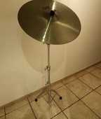 Cymbale Giant Beat 20 avec son pied Mapex 180 Biot (06)