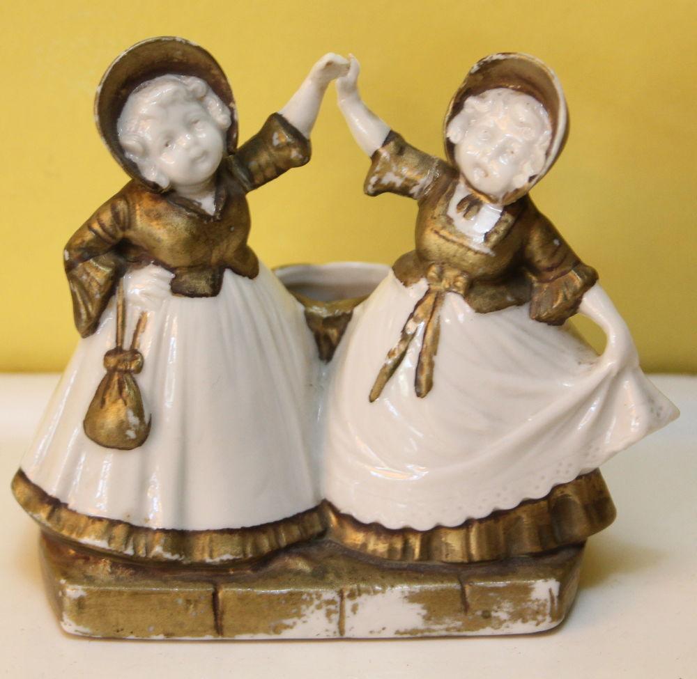 Danseuses porcelaine biscuit jardinière 20 Issy-les-Moulineaux (92)