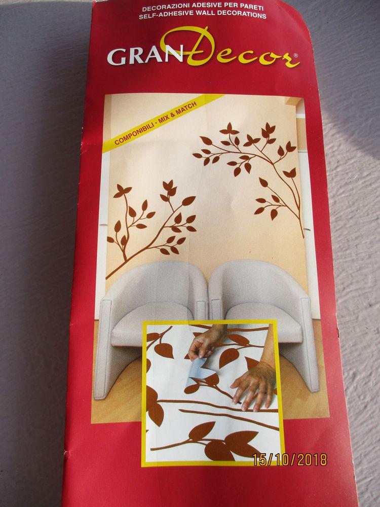 Déco adhésive branches & feuilles  HOME DECOR neuve. 20 Le Vernois (39)