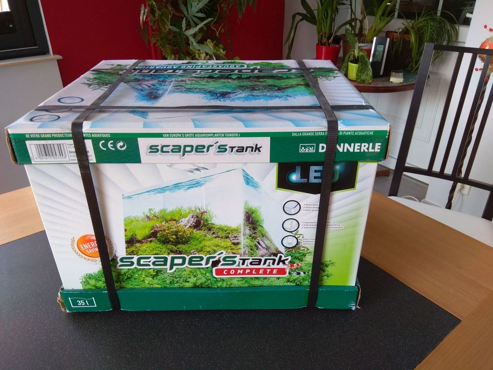 DENNERLE Scaper's tank complet 35L 95 Truyes (37)