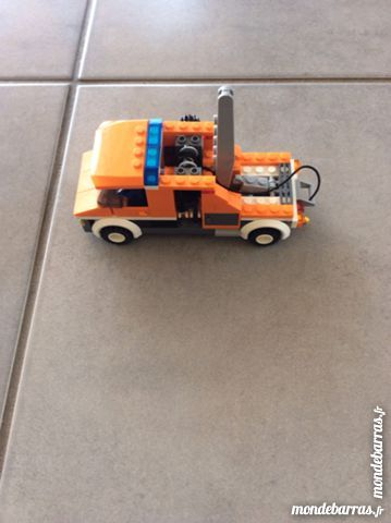 Dépanneuse LEGO  7638 14 Aubenas (07)