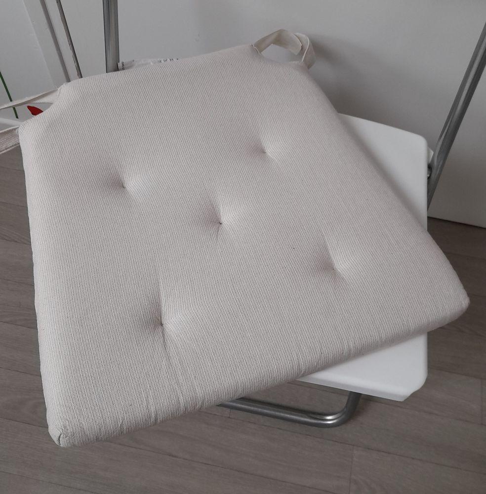 Dessus de chaises 4 Château-Thierry (02)