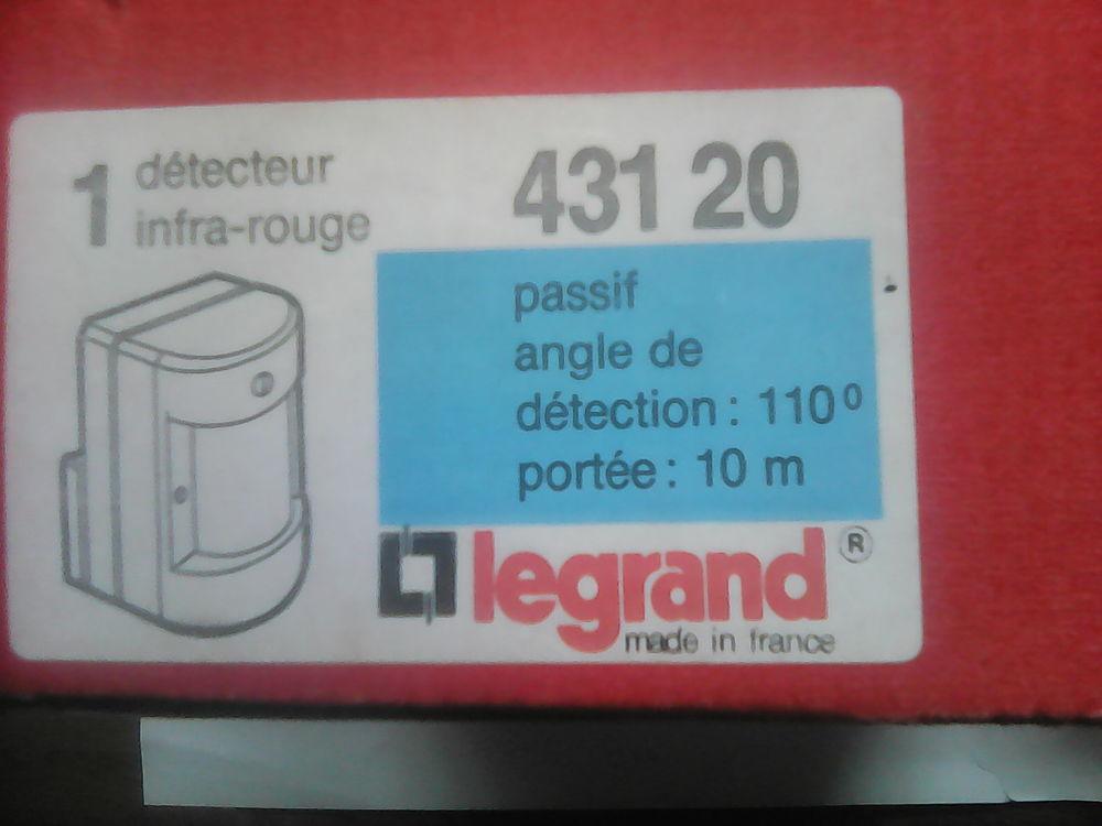Détecteur Legrand infrarouge pour alarme . 20 Noyelles-lès-Vermelles (62)