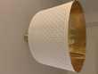 Lot de deux abat-jour blanc et doré  10 Montesson (78)