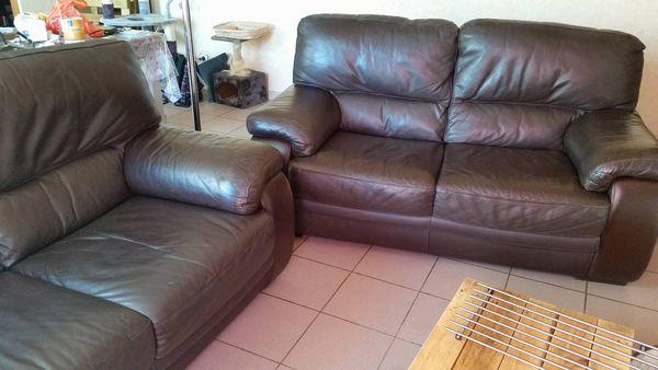 Achetez deux canap en cuir occasion annonce vente saintes 17 wb154272410 - Canape cuir haute qualite ...