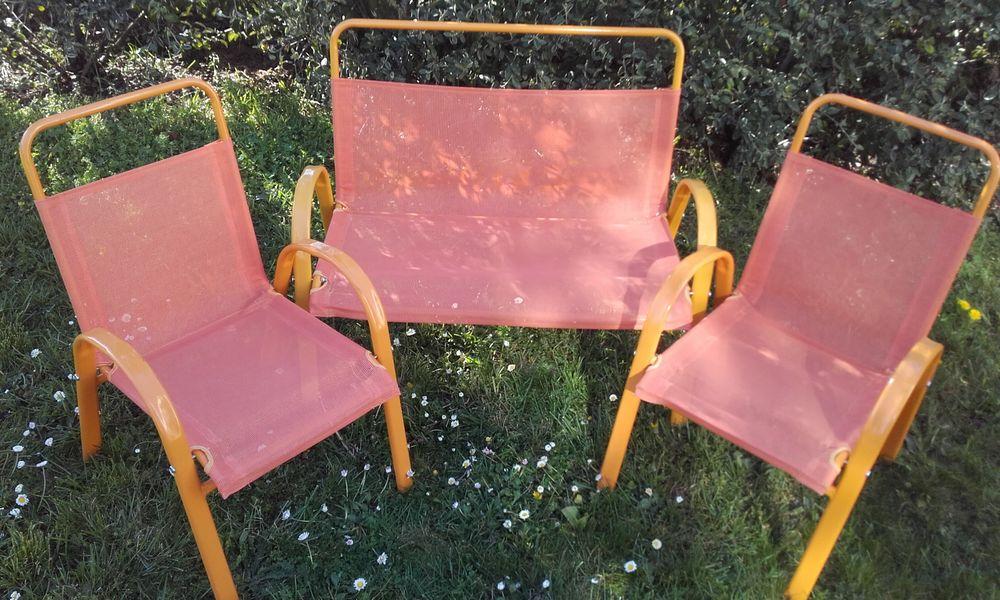 Deux chaises un banc  enfant 10 Allemagne