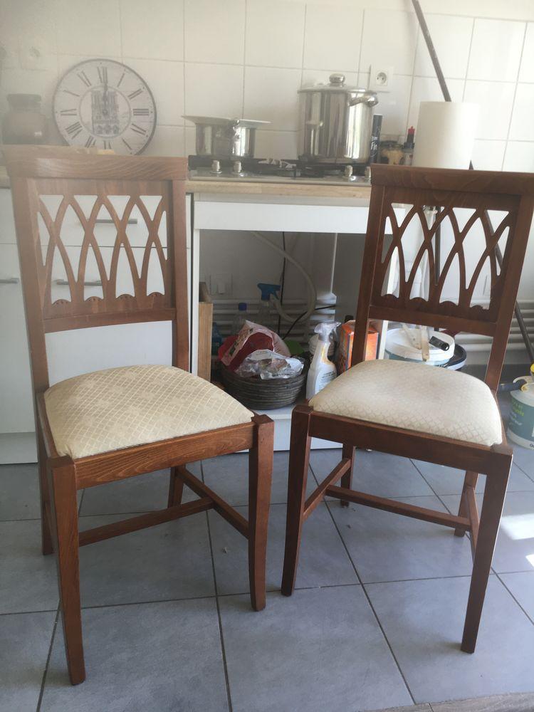 Deux chaises bois 0 Metz (57)