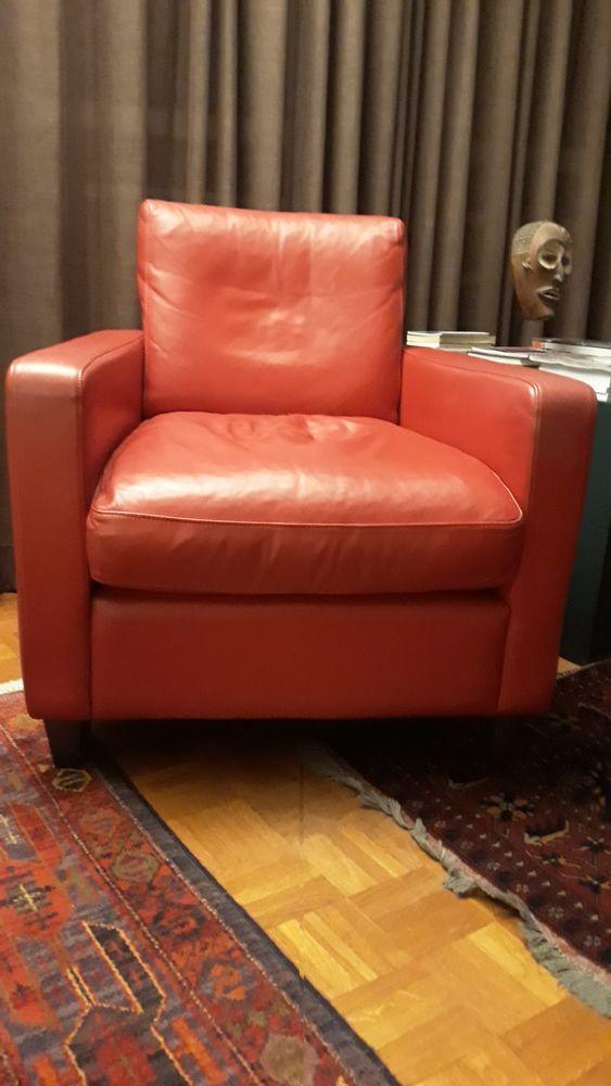 Deux Fauteuils Club cuir rouge 800 Paris 13 (75)
