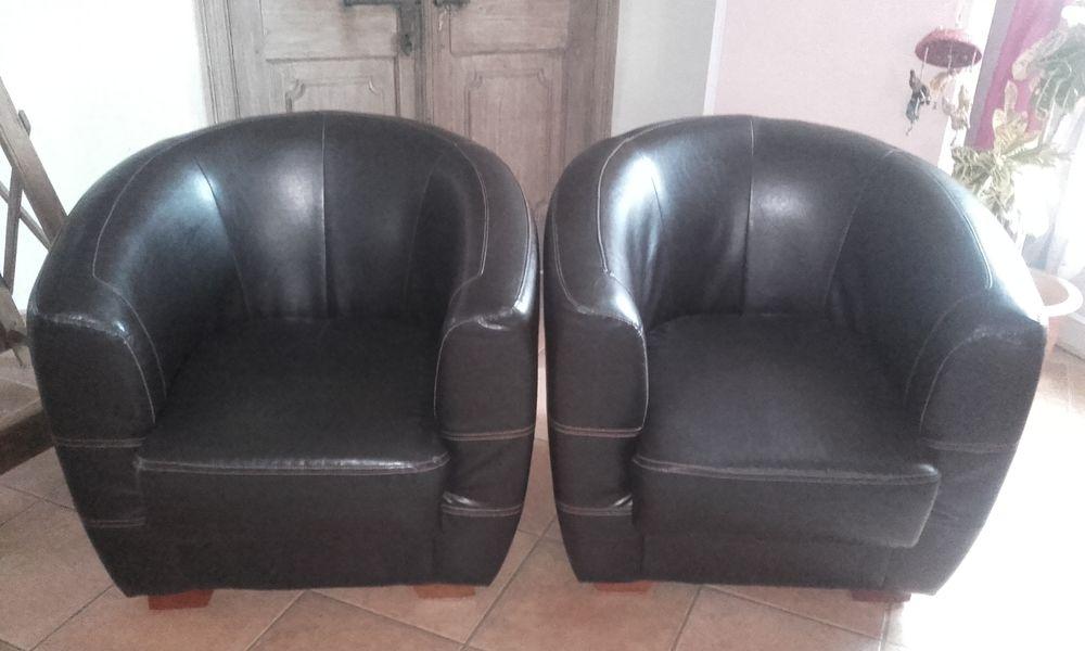 fauteuils club occasion dans le pays de la loire annonces achat et vente de fauteuils club. Black Bedroom Furniture Sets. Home Design Ideas