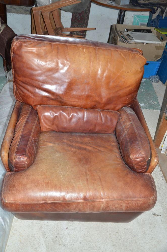 deux fauteuils en cuir  80 Brunoy (91)