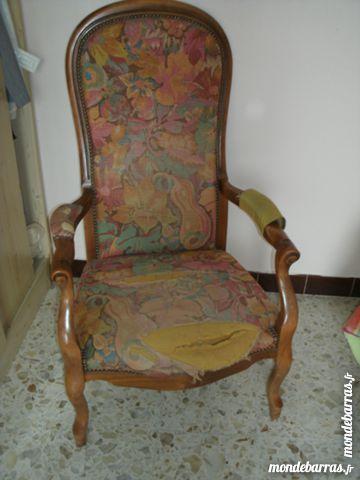 lot de deux fauteuils a restaurer Meubles