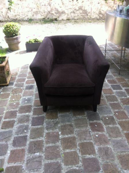Deux fauteuils velours marron  500 Paris 13 (75)