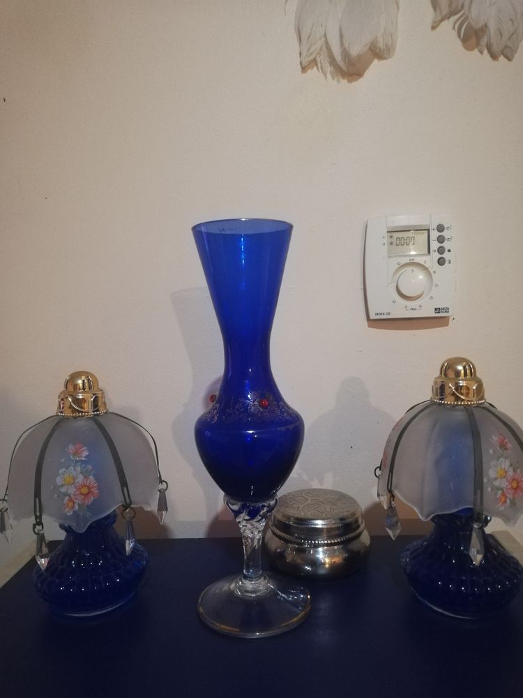 Deux Lampes parfum et vase bleu ancien pour déco 40 Tarnos (40)