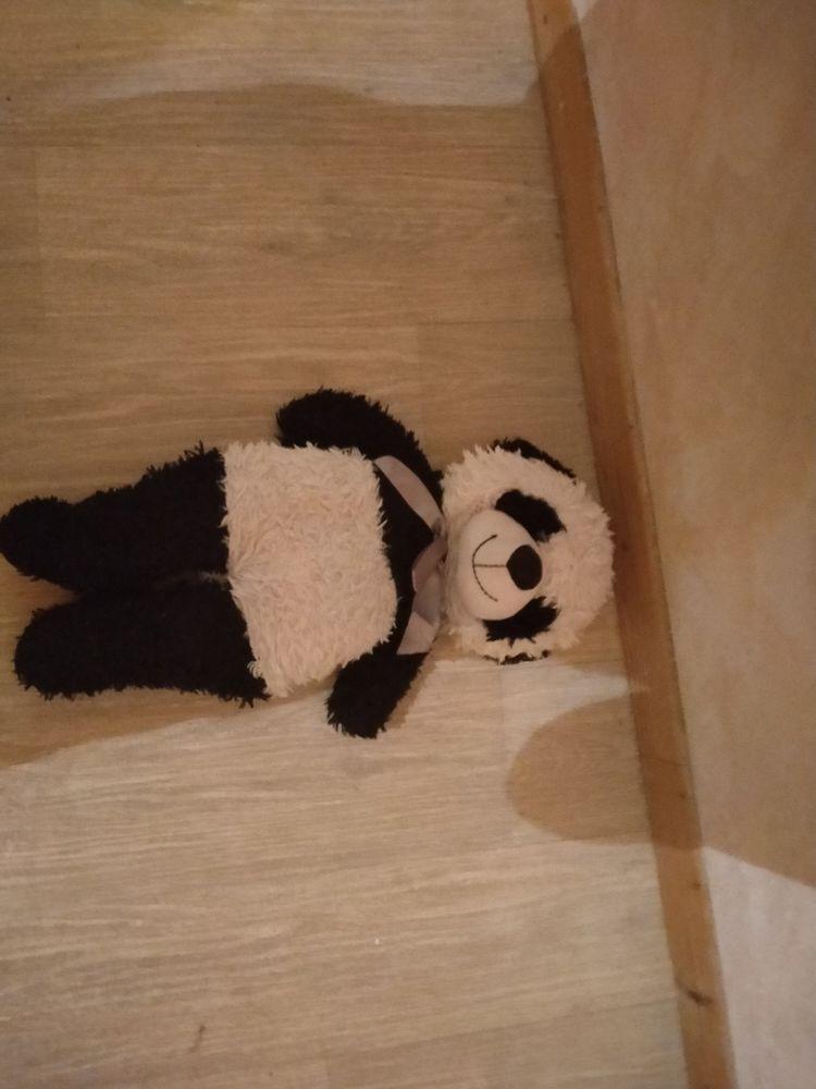 Lot de deux peluches (un nounours et un panda)  10 Robion (84)
