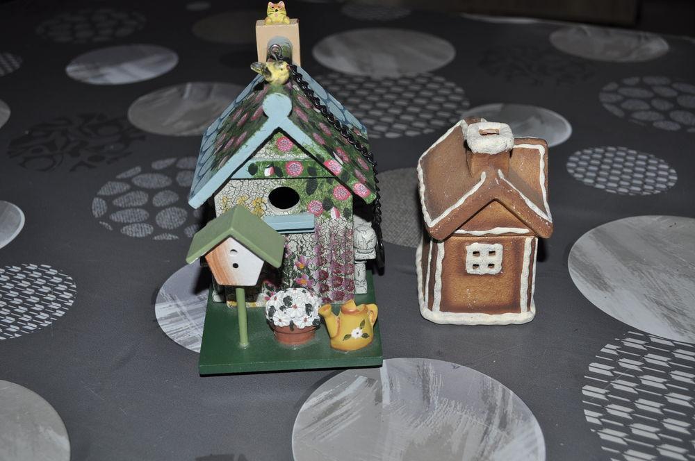 Deux petites maisons 5 Perreuil (71)