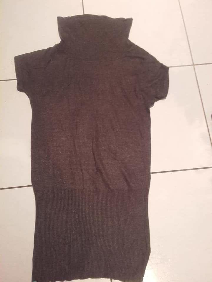 10€ les deux robe en laine et jupe taille 28 10 Accolay (89)