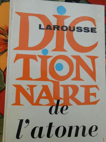 Dictionnaire de l'atome 4 Sathonay-Village (69)