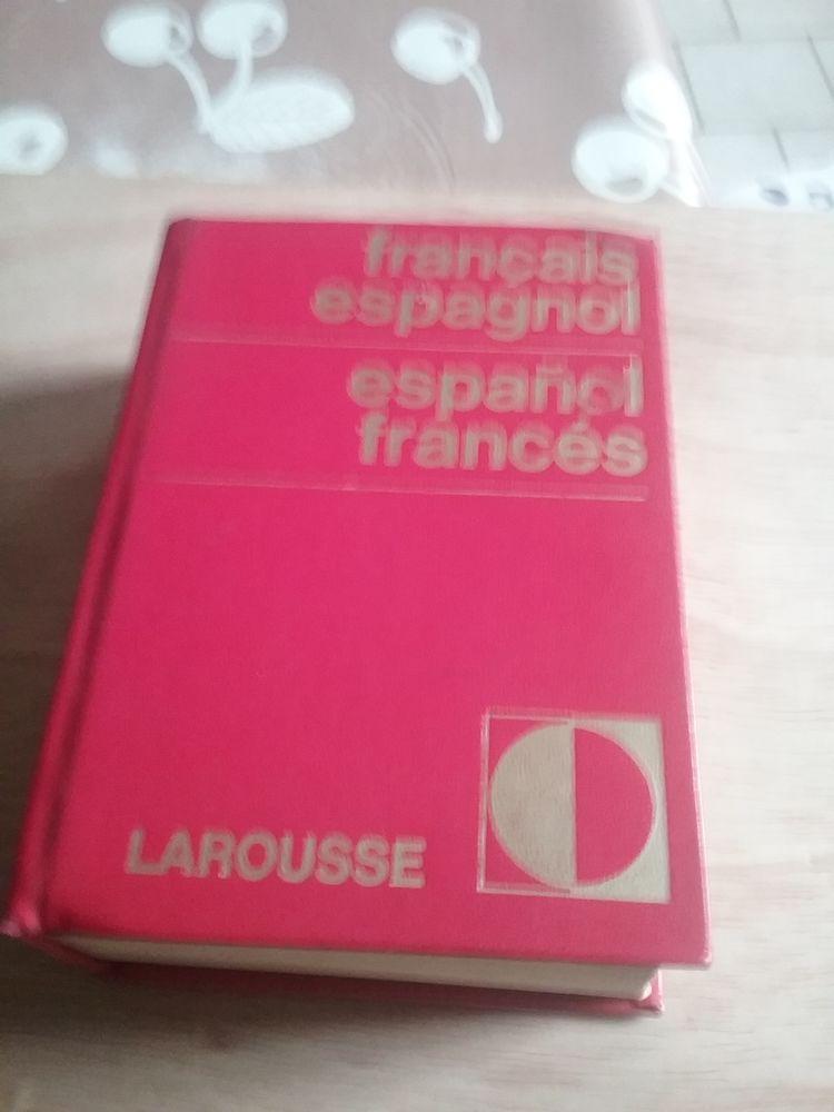 dictionnaire Français  Espagnol  1 Boutervilliers (91)