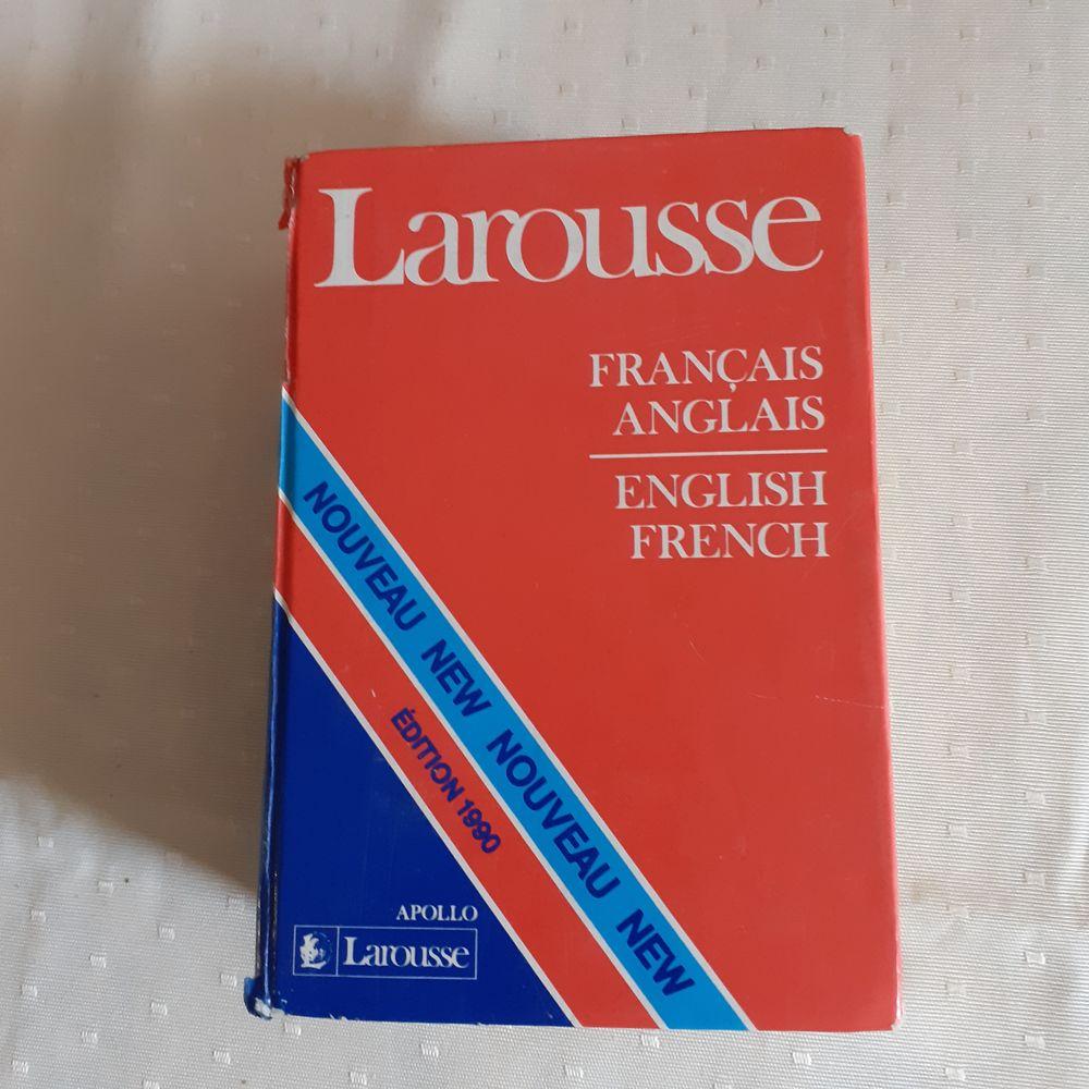 dictionnaire Larousse français/anglais - anglais/français,  4 Mandelieu-la-Napoule (06)