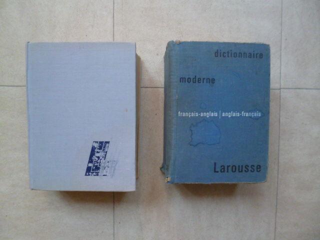 dictionnaires français-anglais+ Larousse+dissertations...zoe 4 Martigues (13)