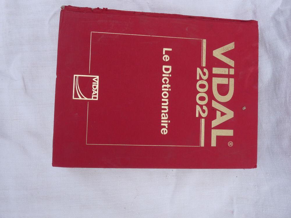 2 dictionnaires Médicaux VIDAL,  0 Yzeure (03)
