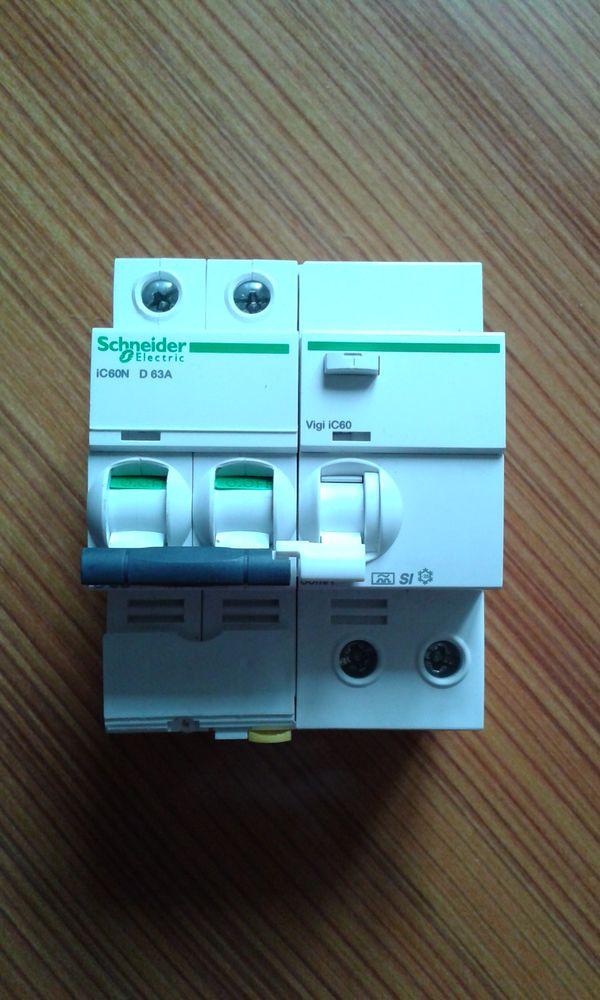 Disjoncteur SCHNEIDER iC60N D63A 2P 230V vigi 30mA 300 Houdan (78)