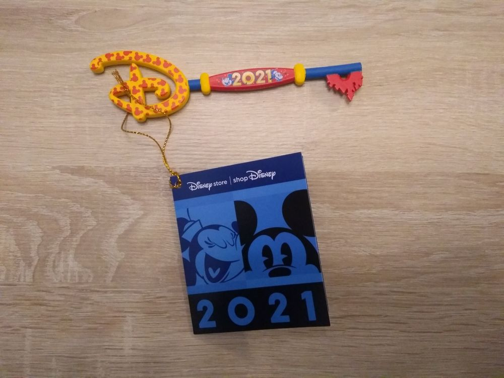 Disney Store Clef Opening 2021, Mickey Minnie, New Year 2021 20 Fontaines-sur-Saône (69)