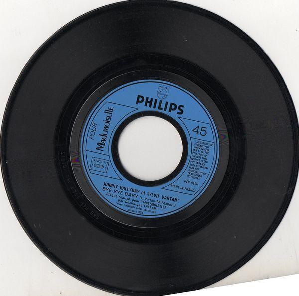 Disque 45 T J.Hallyday 'rare' 25 Antibes (06)