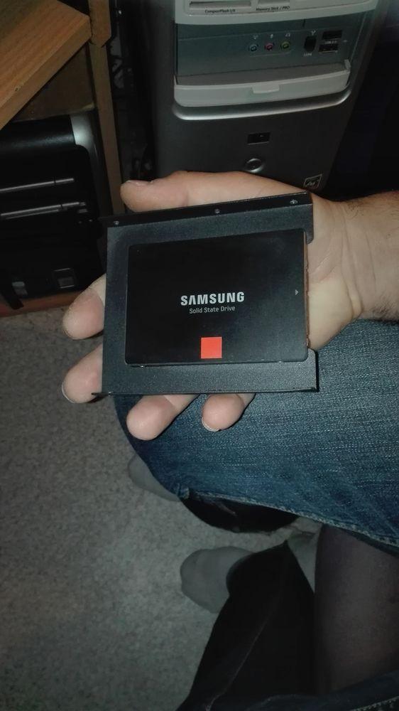 DISQUE DUR SSD SAMSUNG 100 Izeaux (38)