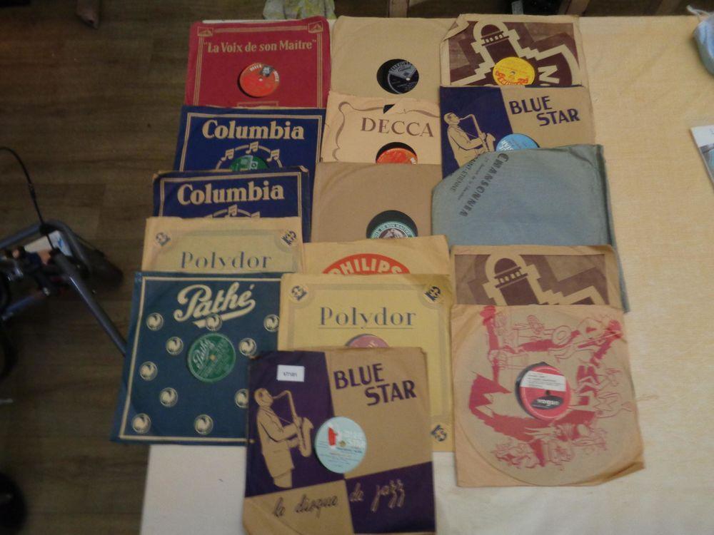 16 disques anciens phonographes CD et vinyles