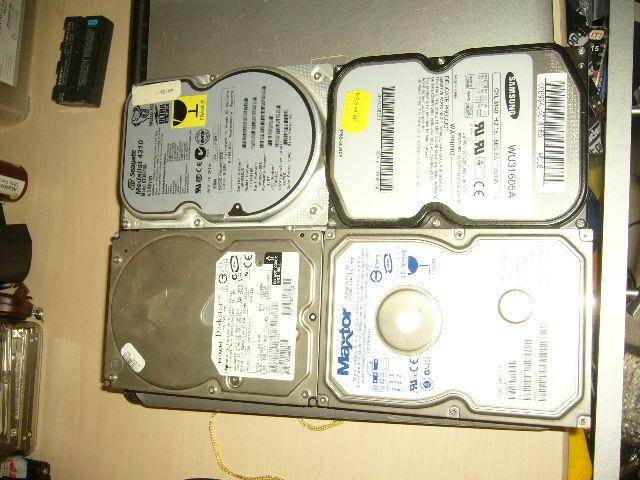 lot de 4 disques durs ATA / IDE  0 Versailles (78)