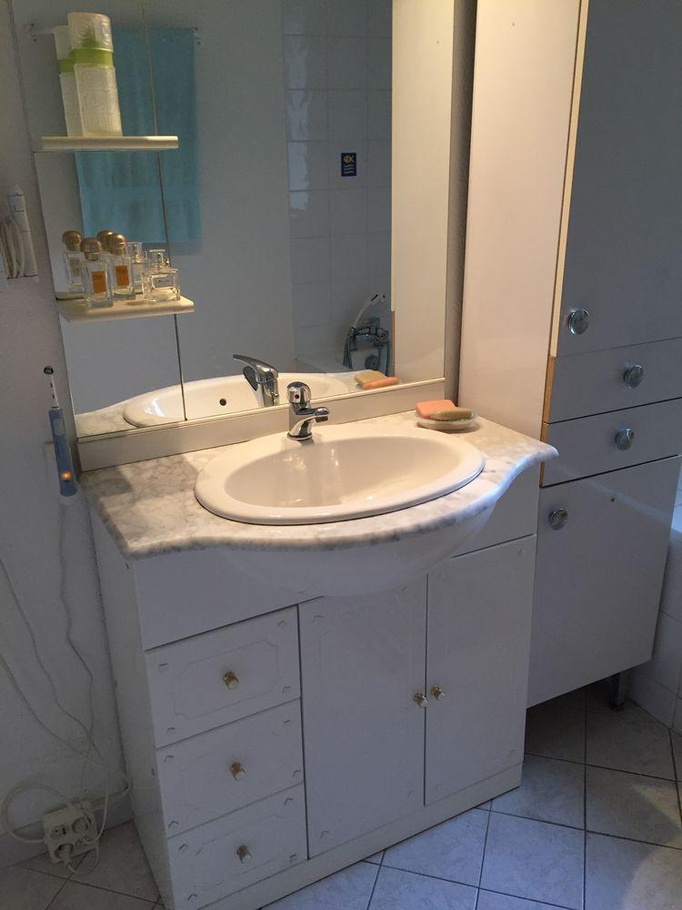 Meubles vasque occasion en bretagne annonces achat et for Vendeur salle de bain
