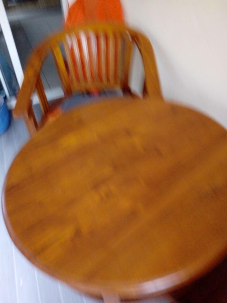 divers meubles en teck . 300 Saint-Joseph (97)