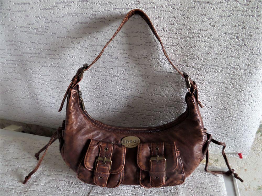 d0fb3d3e81 Sacs occasion dans le Rhône (69), annonces achat et vente de sacs ...