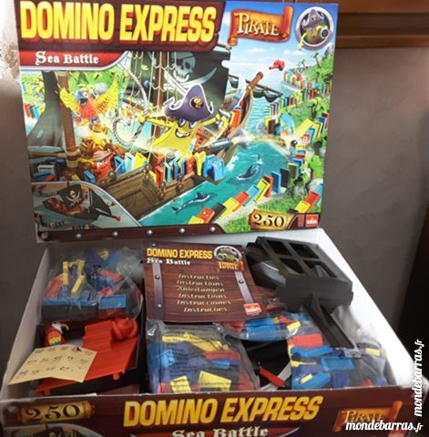 DOMINO EXPRESS – Bateau Pirate – 250 dominos Jeux / jouets