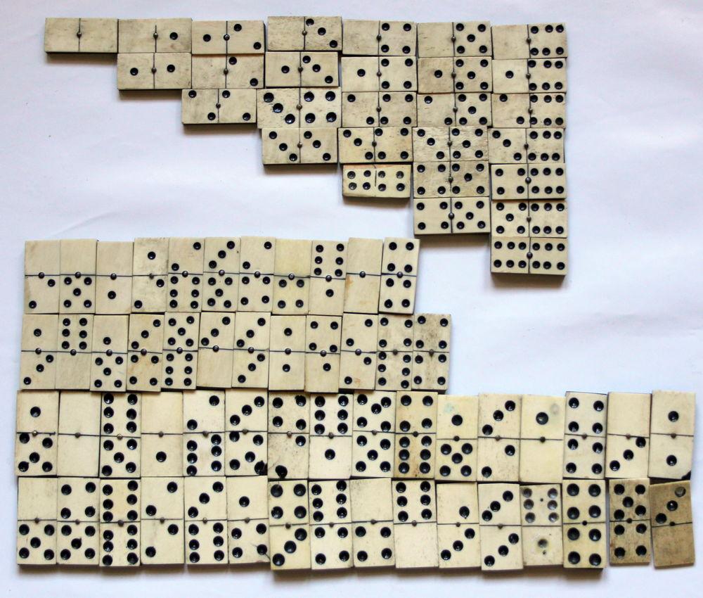 Lot de dominos anciens en os et bois 24 Issy-les-Moulineaux (92)