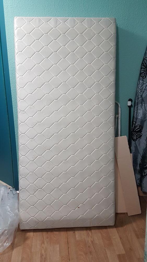 Donne 1 sommier tapisser  pour lit une place . 0 Longwy (54)