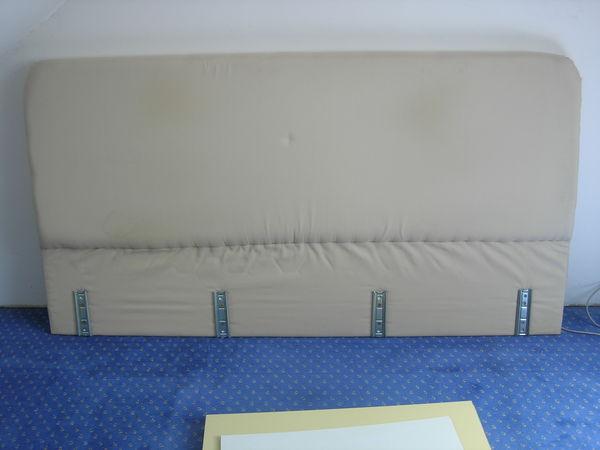 Dosseret tissu pour lit de 160 35 Saint-Quentin (02)