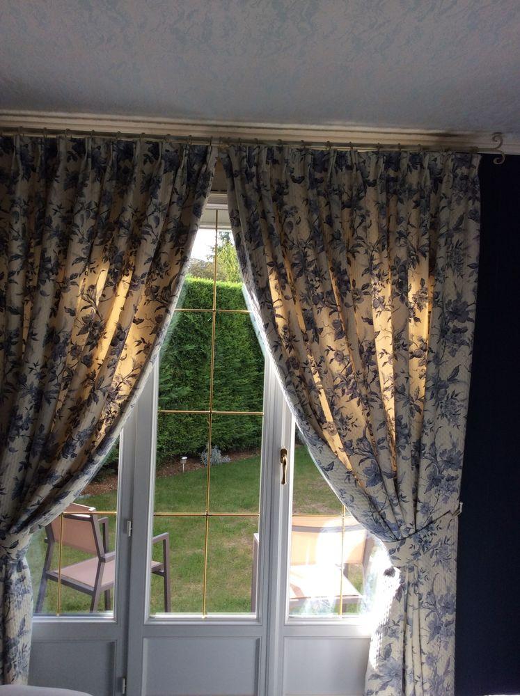 doubles rideaux occasion en seine et marne 77 annonces achat et vente de doubles rideaux. Black Bedroom Furniture Sets. Home Design Ideas