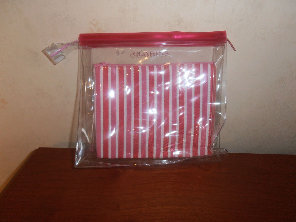 Double trousse Clarins (39) Maroquinerie