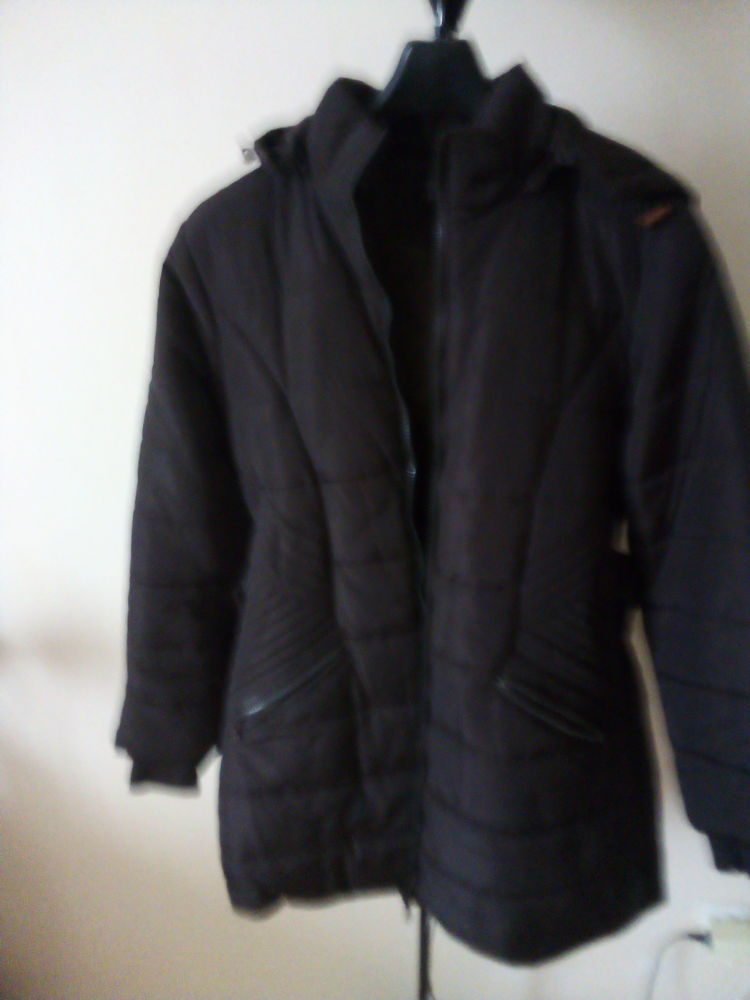 doudoune neuve taille 42 33 Deuil-la-Barre (95)