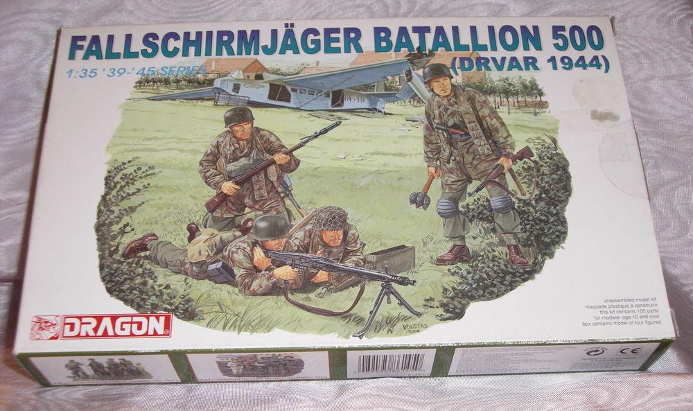 DRAGON 6145 FALLSCHIRMJAGER BATALLION 500 DRVAR 1944 NEW BO 14 Sergines (89)