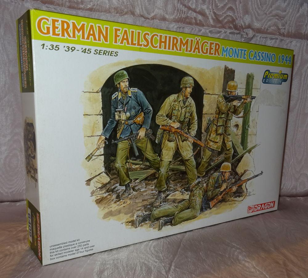 DRAGON 6409 GERMAN FALLSCHIRMJAGER MONTE CASSINO 1944 1.35 N 23 Sergines (89)
