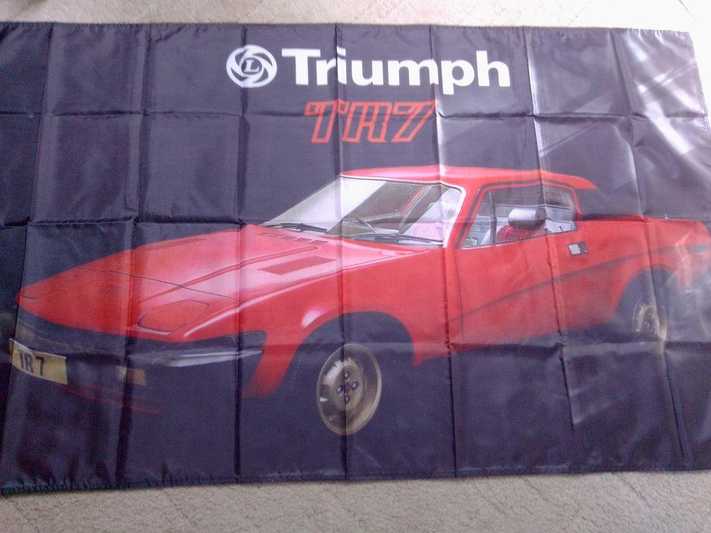 Drapeau Triumph TR7, neuf 25 Saint-Hernin (29)