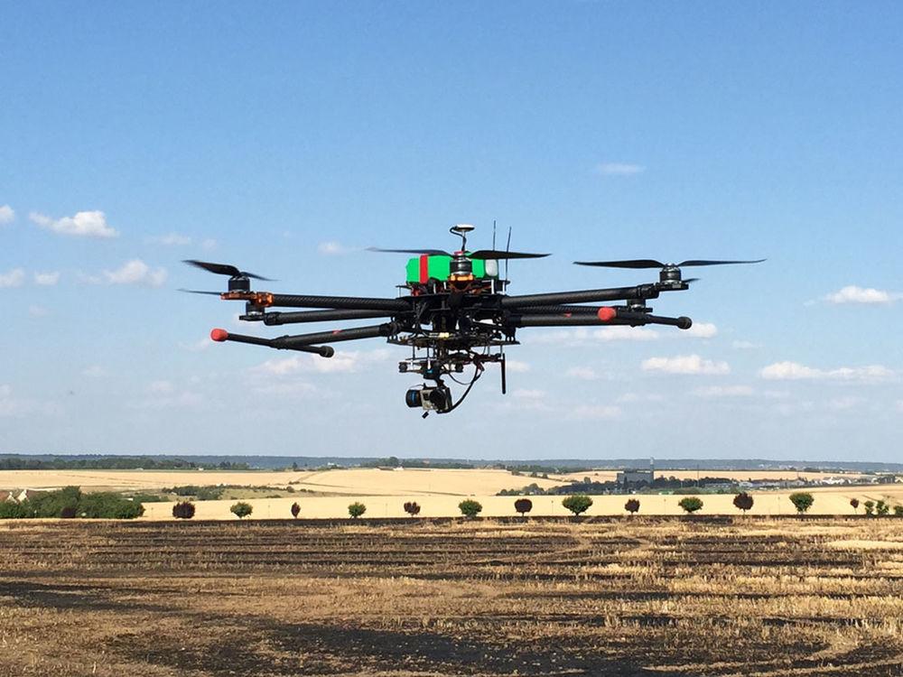 Drone hexa chassis Tarot tel Graupner MZ24 1999 Neauphle-le-Château (78)