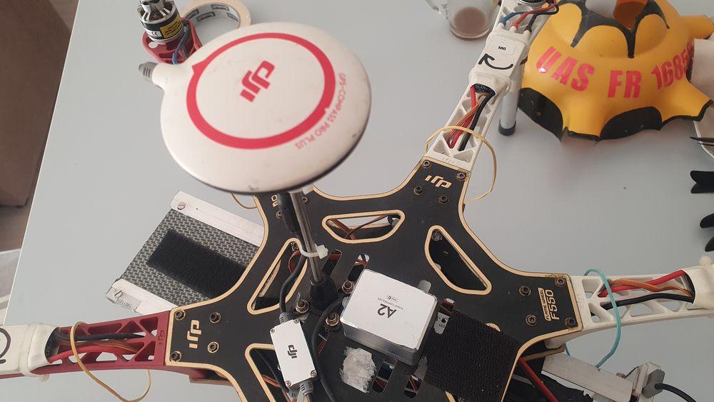 drone qdji f 550 400 Couëron (44)