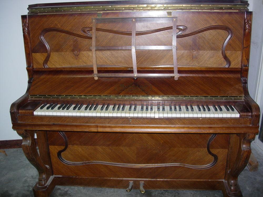 Echange piano droit Mussard accordé - livré  0 Uzès (30)